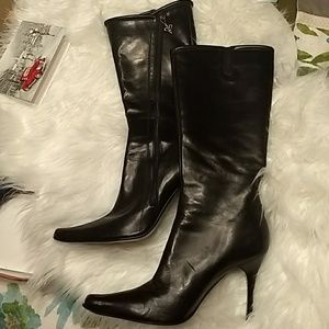 Women's Couture Donald Pliner leather boots